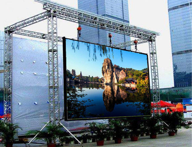 Epistar Chip Outdoor LED Display 5.95mm Pixel Pitch SMD1921 100000 Hours Life Span